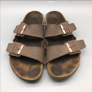 Birkenstock brown leather classic Arizona sandals